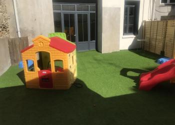 Espace extérieur - Nos Petits Pouces Nantes - Rue d'Alger